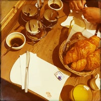 Photo taken at Le Pain Quotidien by Samira B. on 9/20/2016