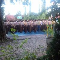 Photo taken at SMA Negeri 3 Sidoarjo by Nadiah M. on 7/4/2013