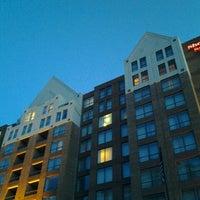 Photo taken at Sheraton Suites Old Town Alexandria by Tinu A. on 3/10/2013