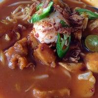 Photo taken at Restoran Mee Rebus & Pasembur Utara by Azsmiley W. on 10/7/2014