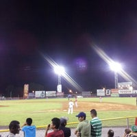 Photo taken at Estadio Kenny Serracín by Izack C. on 4/28/2013