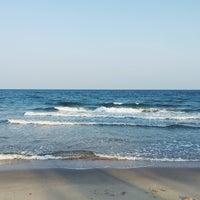 Photo taken at Baan Montra Beach Resort by Siripa P. on 3/18/2016