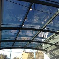 Photo taken at Apple Palo Alto by David S. on 3/24/2013