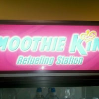 Photo taken at Smoothie King by Kimmi v. on 9/20/2011