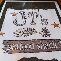 Photo taken at JT's Seafood Shack by xtinar on 5/13/2011