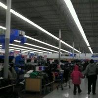 Photo taken at Walmart by Ez D. on 12/30/2011