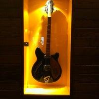 Photo taken at Hard Rock Cafe Munich by Denis on 1/7/2011