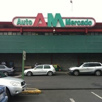 Photo taken at Auto Mercado by Arnoldo T. on 9/18/2011