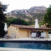 Photo taken at Hotel Du Poete Fontaine-de-Vaucluse by Hannah V. on 9/4/2016