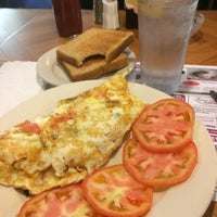 Photo taken at Crossmill Diner by Kevin W. on 1/6/2015