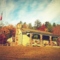 Photo taken at Tennessee Welcome Center — I-40 WB by Christian B. on 11/5/2012