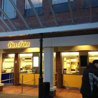 Photo taken at Piet Friet by Philipp L. on 1/22/2013