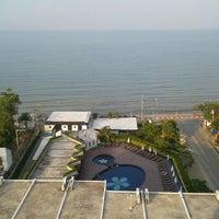 Photo taken at Sigma Resort Jomtien Pattaya by Nattaphol R. on 3/11/2013