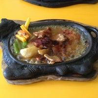 Photo taken at Waroeng Steak & Shake by Bertha N. on 6/12/2013
