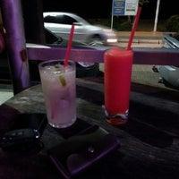 Photo taken at Malibu Drinks by Ítalo P. on 5/18/2014