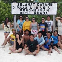Photo taken at Pulau Lihaga (Lihaga Island) by Meilani K. on 11/12/2014