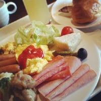 Photo taken at Sheraton Miyako Hotel, Osaka by Atsumi K. on 6/24/2013