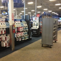 Photo taken at Best Buy by Marisol M. on 11/20/2012