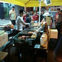 Photo taken at Hassan Burger by azizi a. on 9/22/2015