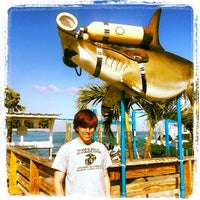 Photo taken at Wahoo's Bar & Grill by Mermaids B. on 3/31/2013