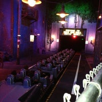 Photo taken at Rock 'N' Roller Coaster Starring Aerosmith by Rick P. on 12/28/2012