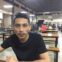 Photo taken at Medan Selera Taman Pinggiran Batu Caves by Muhd S. on 4/23/2016