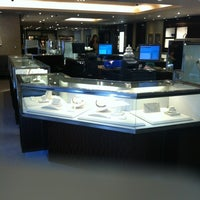 Photo taken at Tiffany & Co. by Dmitry 🔞 on 10/4/2012