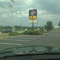 Photo taken at Pizza Hut by Zachary B. on 6/25/2013