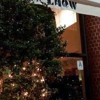 Photo taken at Mr Chow Restaurant by Shlomiko S. on 7/19/2013