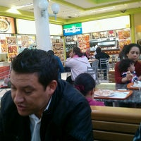 Photo taken at Baby Pizzas, Massas & Saladas by Leonardo T. on 7/1/2013