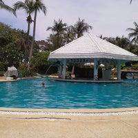 Photo taken at Thavorn Palm Beach Resort by Helga V. on 5/10/2013