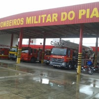 Photo taken at Corpo de Bombeiros by Érico V. on 3/11/2014