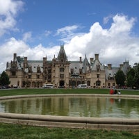 Photo taken at The Biltmore Estate by Li Z. on 7/6/2013