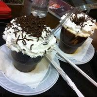 Photo taken at Café do Ponto by Miralva S. on 5/30/2013