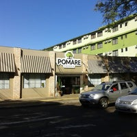 Photo taken at Empório Pomare by Gabriel F. on 5/27/2014