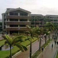 Photo taken at Universidad del Atlántico by Fabián P. on 4/15/2013