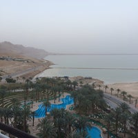 Photo taken at Le Méridien Dead Sea by Родион Р. on 3/7/2014