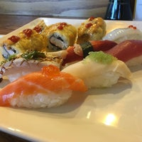 Photo taken at Mizu Sushi & Grill by Mike T. on 6/1/2016