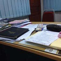Photo taken at Jabatan Pelajaran Negeri Perlis by Badrulhafiz S. on 6/11/2013