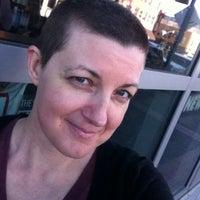 Photo taken at Floyd's 99 Barbershop by Arlene D. on 12/31/2013