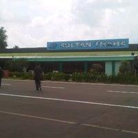 Photo taken at Bandara Sultan Thaha Syaifuddin (DJB) by rohim on 5/22/2013