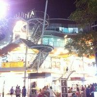 Photo taken at Suzuki Avenue Ratchayothin by Na P. on 12/12/2012
