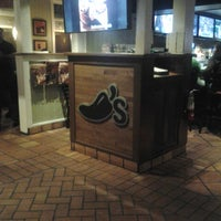 Photo taken at Chili's Grill & Bar by Shannel F. on 4/20/2013