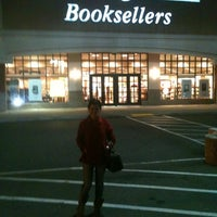Photo taken at Barnes & Noble by Enya H. on 1/29/2012