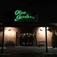 Photo taken at Olive Garden by Yuri T. on 1/24/2016