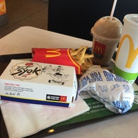 Photo taken at McDonald's by Chu Yeong Y. on 8/23/2016