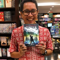 Photo taken at Periplus by Aria A. on 10/4/2016