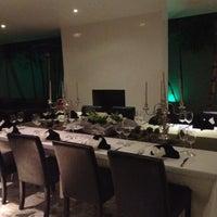 Foto tomada en Eikki: Cocina Espontánea por Sara J. el 12/14/2012