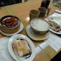 Photo taken at Sunway Restaurant 利苑食坊 by Cindy C. on 11/5/2014