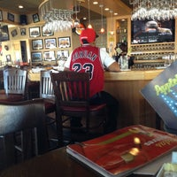 Photo taken at Applebee's by Lucio Fernando L. on 4/27/2013